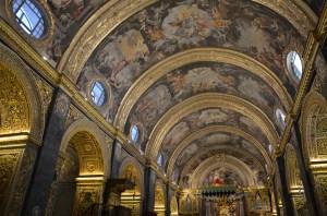 Het interieur van de kathedraal.