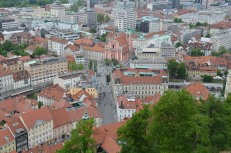 Uitzicht op Prezernov Trg, het centrale plein in Ljubljana.