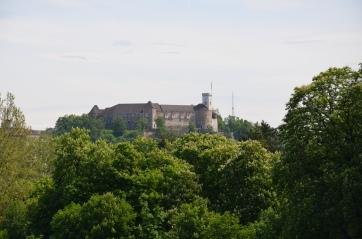 En ook vanuit het park is Ljubljanski Grad te zien.
