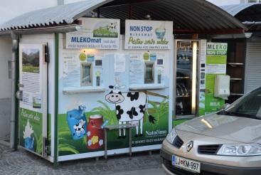 En om af te sluiten: de melkautomaat. Of in het Sloveens: Mlekomat!
