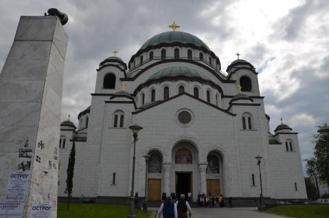 De kathedraal van de heilige Sava. Het grootste Servisch-orthodoxe gebouw ter wereld.