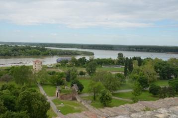 De samenkomst van de Sava en de Donau, gezien vanaf het fort.